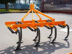 cultivador 7 brazos con patas de ganso anchura 165cm para enganche de tractor mod de 165 7 v