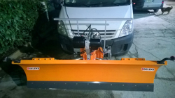pala quitanieves frontal para furgones ln 200 j