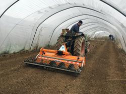 enterrador de piedras dfu 120 desplazable para tractor
