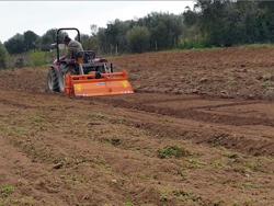fresadora profesional para tractor anchura de trabajo 150cm mod dfh 150