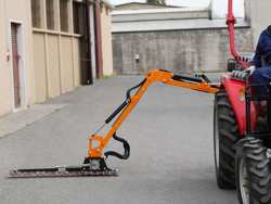trituradora de brazo para tractor con cabezal de corte mod airone 130 tr