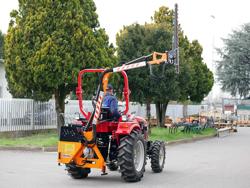 trituradora de brazo para tractor con cabezal de corte mod airone 180 tr