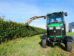 cortasetos hidráulico montado en tractor modelo falco 160