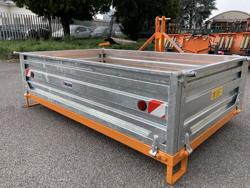 caja de transporte polivalente para tractor con enganche 3 puntos mod t 1600