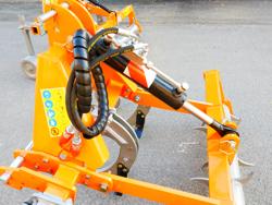 subsolador para tractor de tres brazos con rodillo trasero dc300h