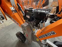 trituradora de ramas térmica dk 500 bs con motor independiente 15cv
