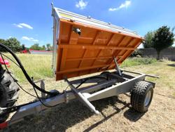 remolque agricola basculante hacia tres lados modelo rm 14 t3