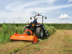 trituradora de martillos desplazable tigre 200 para hierba y poda