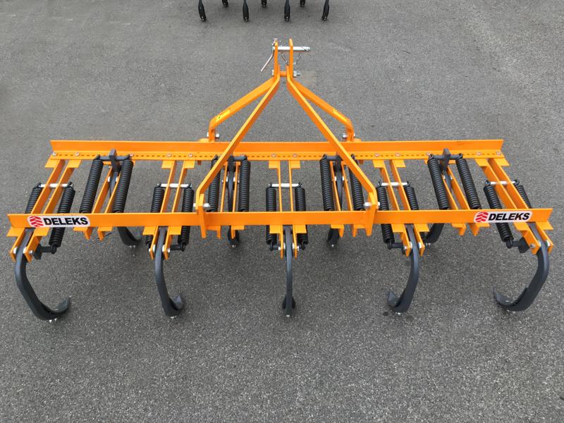 cultivador-9-brazos-para-tractor-preparacion-de-la-tierra-modelo-de-215-9-v