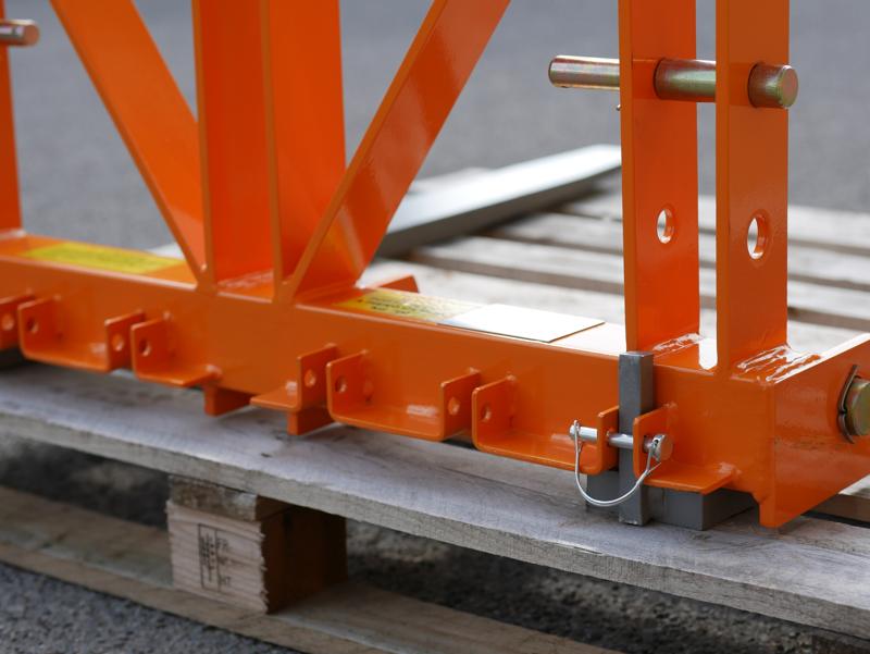 elevador-trasero-de-palets-para-enganche-de-tractor-mod-d-700