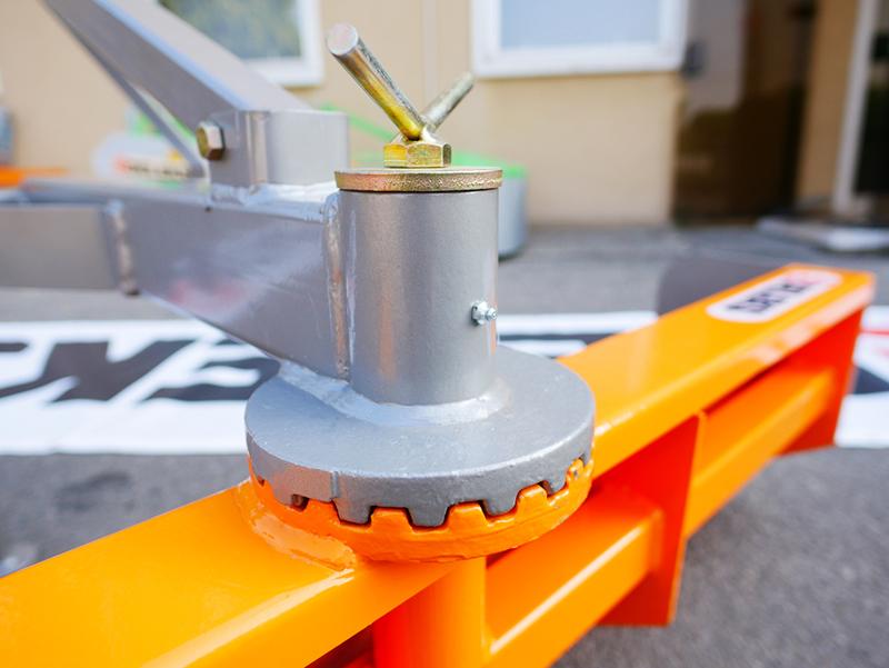 cuchilla-niveladora-110cm-para-tractor-kubota-iseki-modelo-dl-110