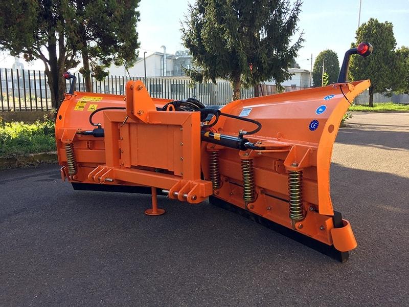 pala-quitanieves-con-enganche-3-puntos-para-tractores-lnv-220-c
