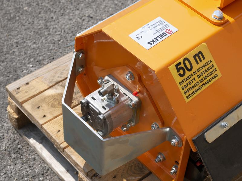 cortador-hidráulico-de-zarzas-para-mini-excavadora-ar-60