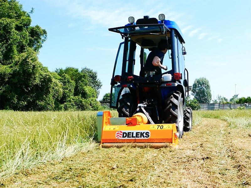 desbrozadora-de-martillos-para-pequeno-tractor-modelo-ape-100