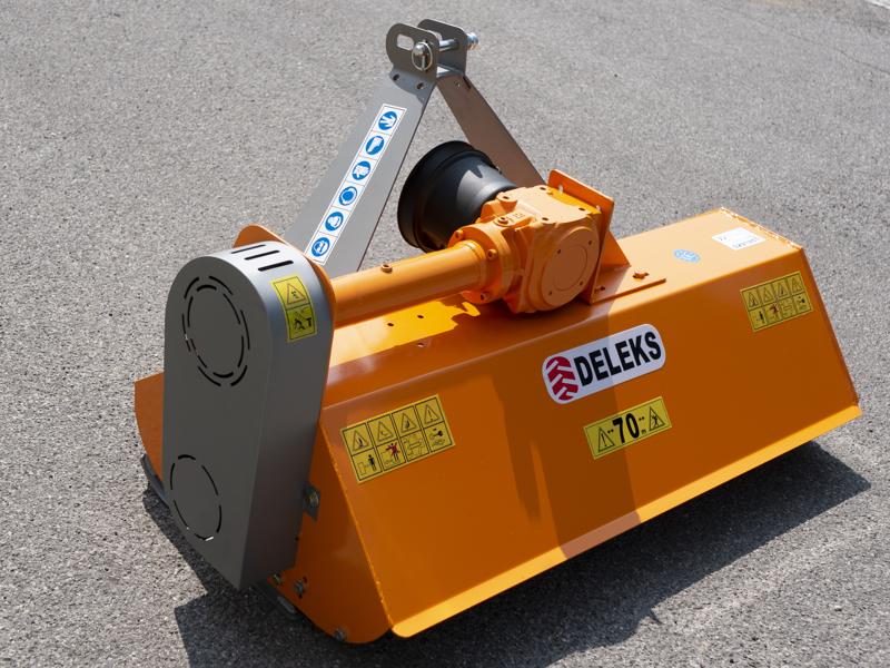 trituradora-de-martillos-lince-165-polivalente-para-tractor
