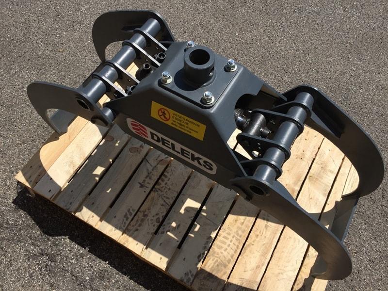 pinza-para-mini-excavadoras-y-grúas-forestales-capacidad-800kg-mod-dk-11