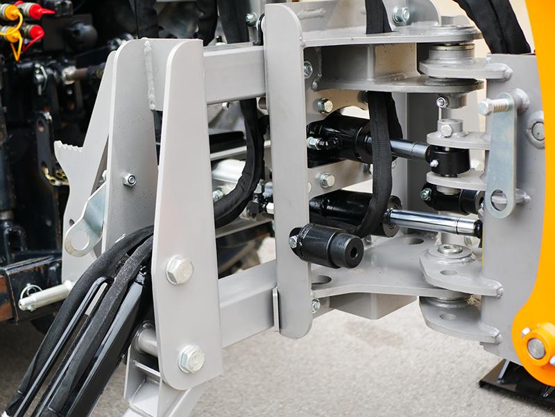 mini-excavadora-universal-para-tractores-compactos-dk-1950