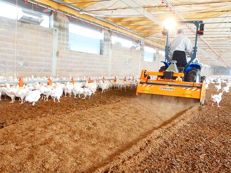 removedor-triturador-de-cama-avícola-para-tractor-pavo-160