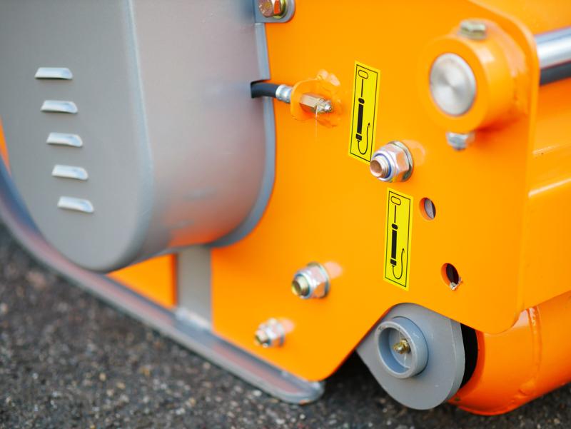 trituradora-reversible-rino-160-rev-para-tractor-uso-frontal-o-trasero