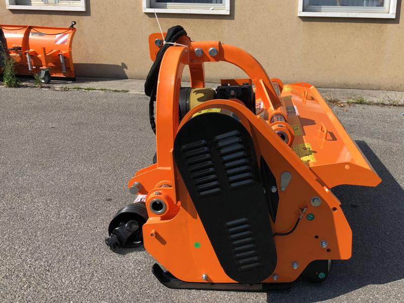 trituradora-de-martillos-para-tractor-para-olivo-mod-toro-220
