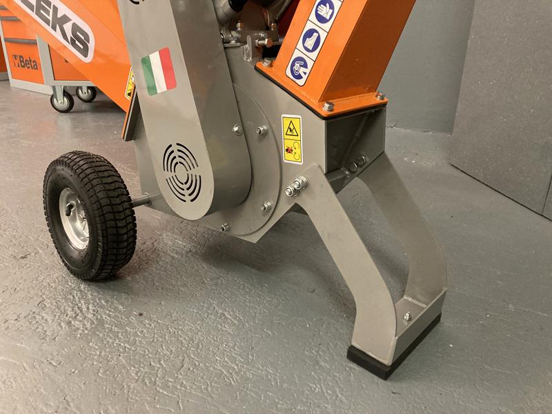 trituradora-de-ramas-térmica-dk-500-lf-con-motor-independiente-15cv