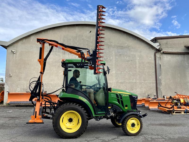 recortadora-de-brazo-hidraulica-cortasetos-para-tractor-mod-falco-180-h